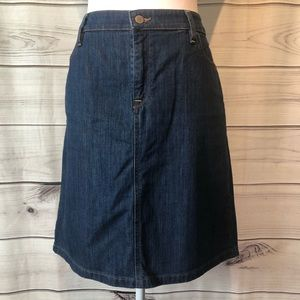 LL Bean Favorite Fit denim skirt